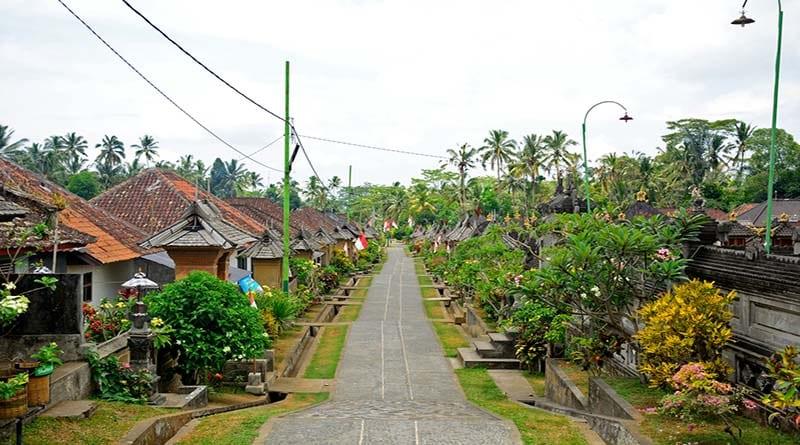 Yuk, Mampir ke 5 Desa di Indonesia dengan Tampilan Rumah Unik