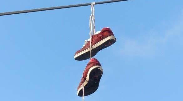 jemur sepatu