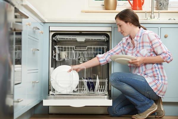 Apa Itu Mesin Pencuci Piring dan Cara Kerjanya