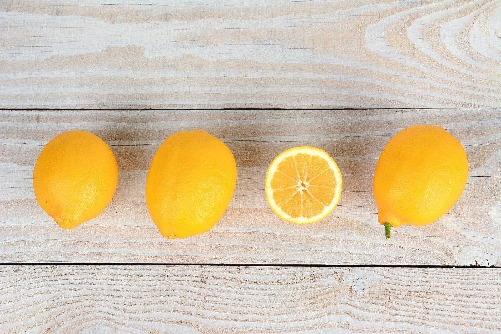 Alasan Unik Kenapa Buah Lemon Sering Digunakan untuk Produk Kebersihan!