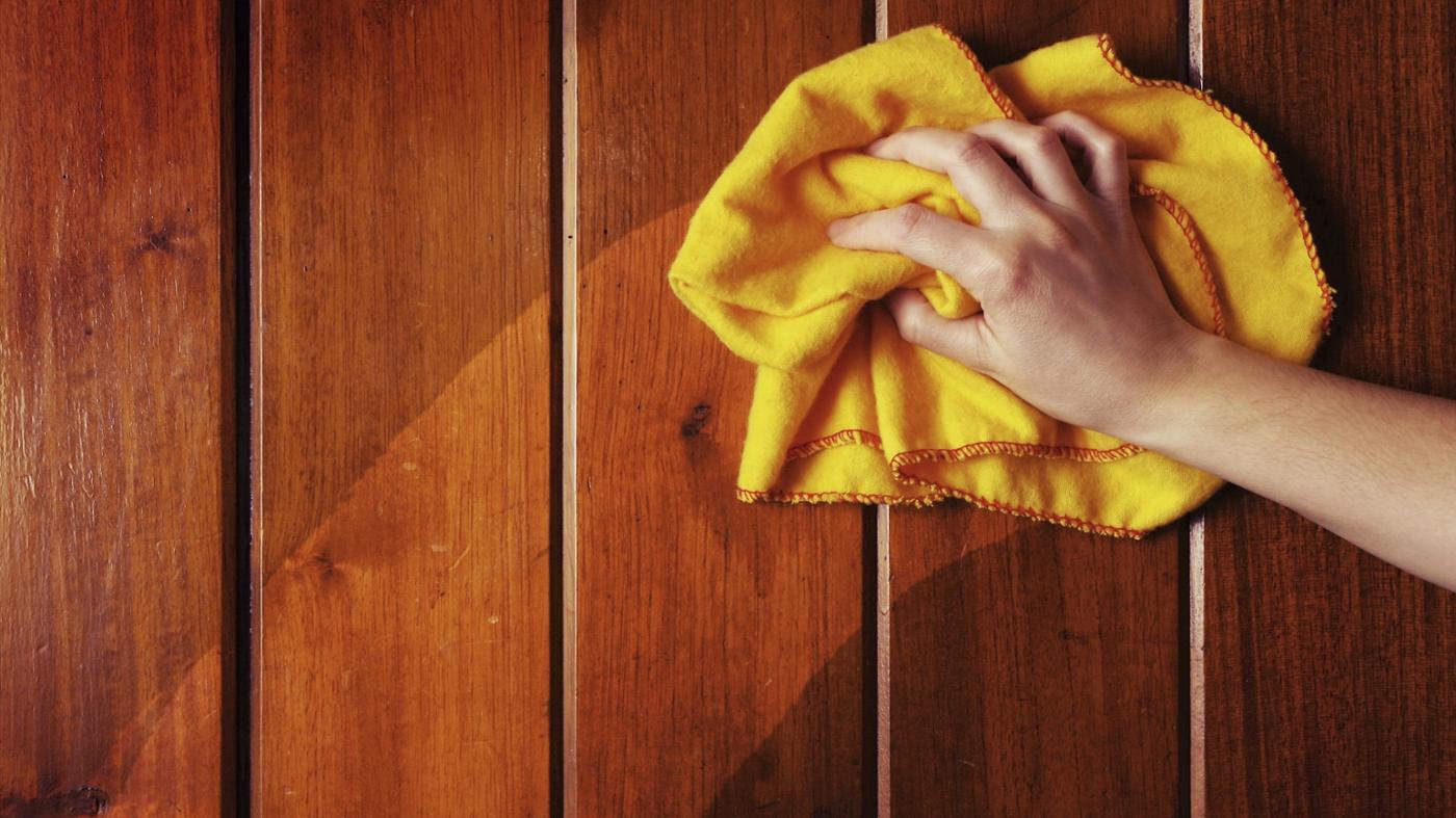 Cara Mudah Menghilangkan Noda Pada Perabot Kayu!