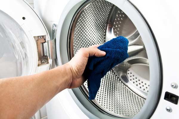 Cara Membersihkan Mesin Cuci Dengan Aman dan Praktis!